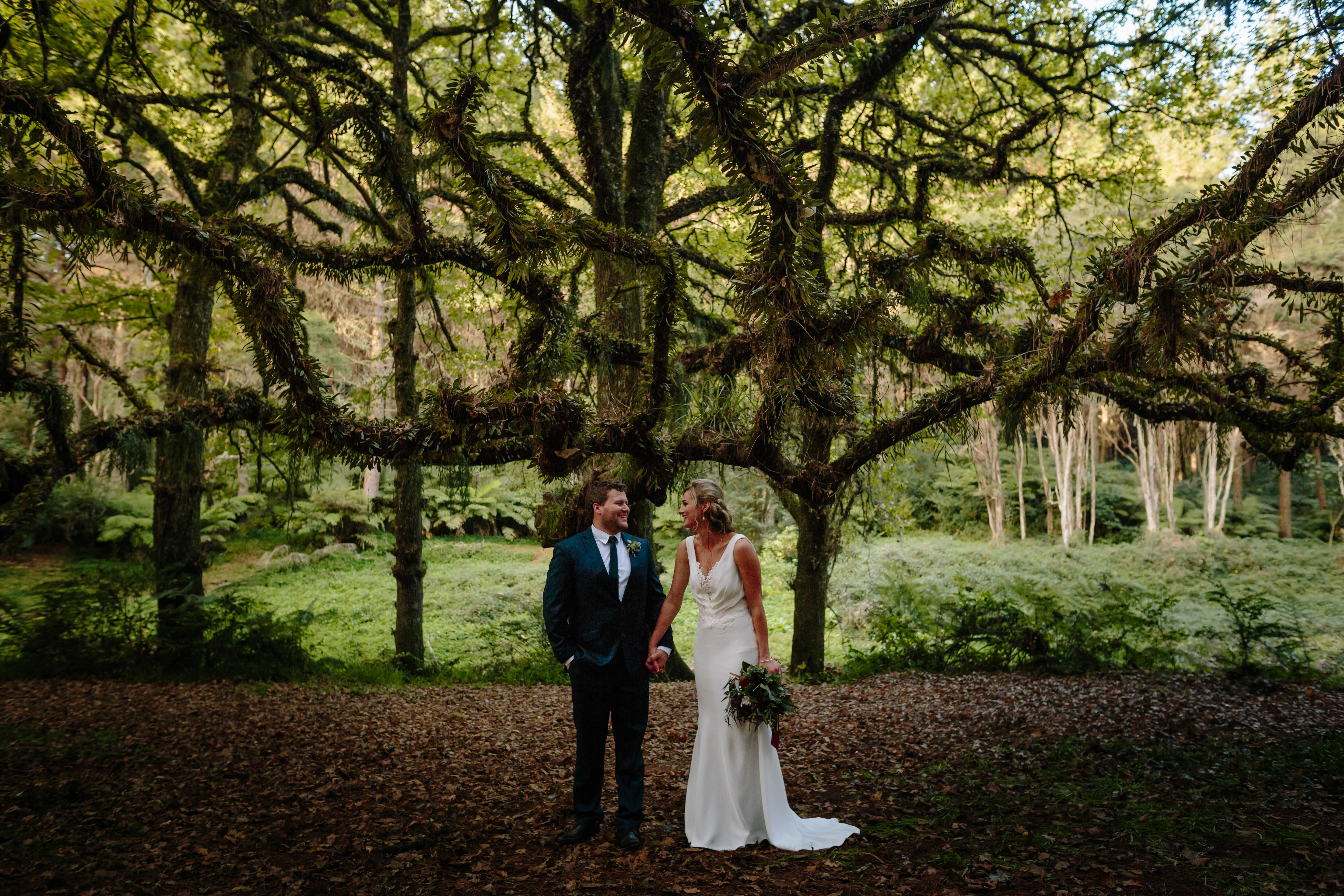 jo-mike-wedding-the-official-photographers_TOP_8471