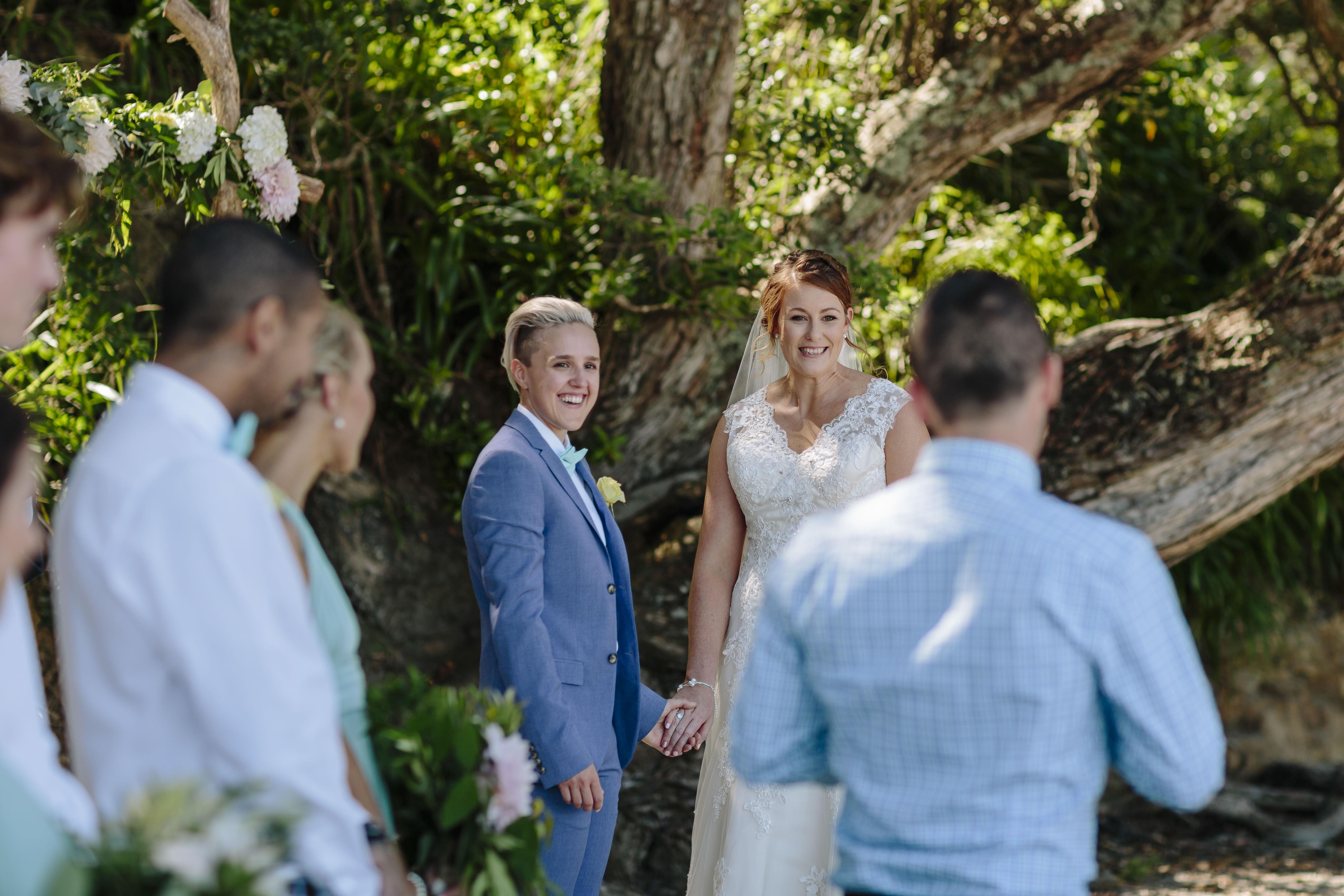 amanda-tash-the-official-photographers-wedding_top_7307